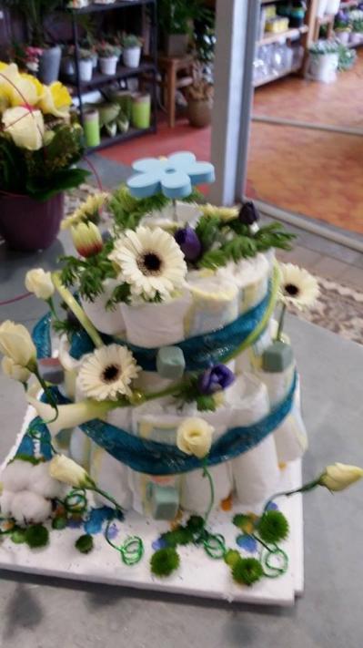 fleuriste valenciennes gâteau naissance en fleur