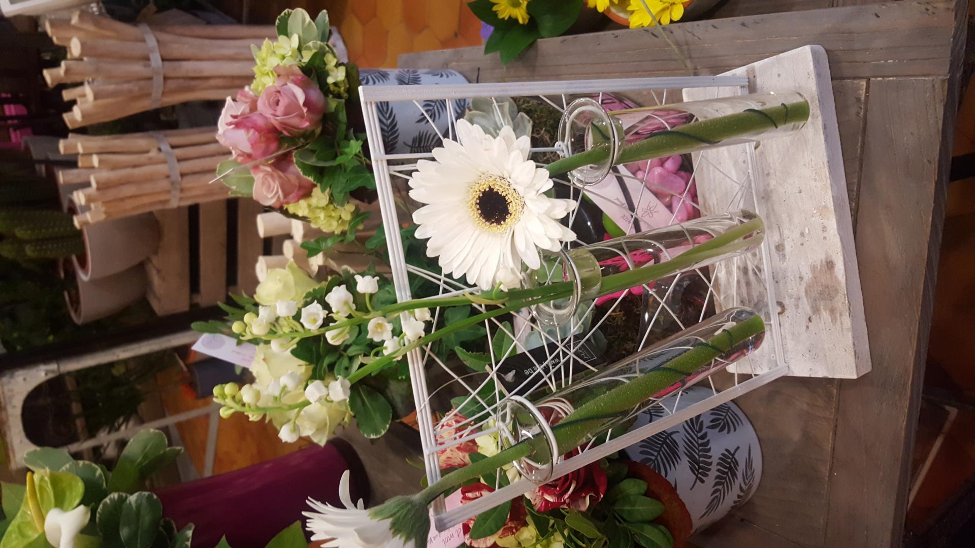 1er mai et muguet by Hé fleur et moi fleuriste valenciennes hainaut nord denain anzin la Sentinelle