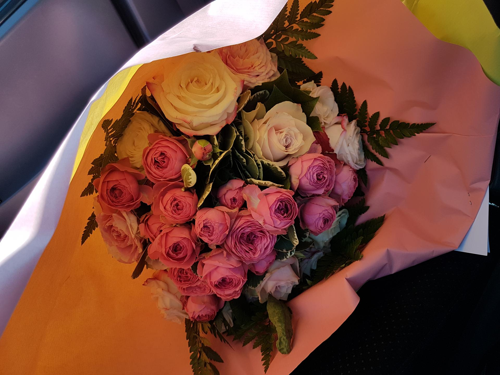 Bouquet commande à distance et livraison gratuitesur Valenciennes fleuriste Hé fleur et moi