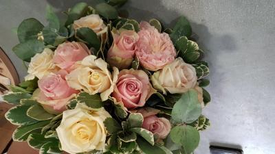 Bouquet de roses Naissance Fleuriste de Valenciennes