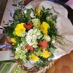 Bouquet yellow and lilas Hé fleur et moi fleuriste de Valenciennes anzin la sentinelle Aulnoy les Valenciennes Petite Forêt
