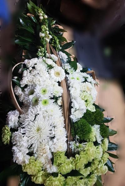 Des compositions deuil enterrement personnalisées