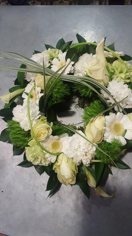 couronne deuil Valenciennes fleuriste Hé fleur et moi