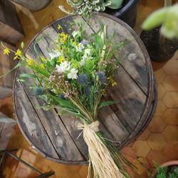 Gerbe deuil enterrement Hé fleur et moi fleuriste Valenciennes