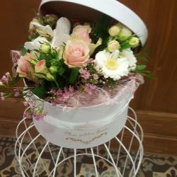 Boite a chapeau fleurie hé fleur et moi fleuriste de Valenciennes