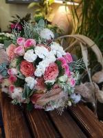 Bouquet de fleurs et fleurs de coton chez hé fleur et moi fleuriste de Valenciennes bouquet