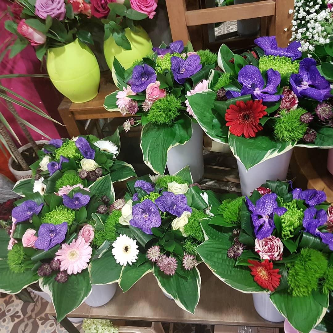 Idées cadeaux  pour la fête des mères chez hé fleur et moi #fleuriste de #Valenciennes #bouquet #composition #orchidée #rose #pivoine @hefleuretmoi #fetedesmeres #amour #maman #anz