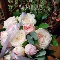 Fleuriste Valenciennes ils se sont dit oui... Mariage aux parfums de roses anglaises Merci aux mariés de leur confiance Tous mes voeux de bonheur #HEFLEURETMOI #mariage #bouquetdem
