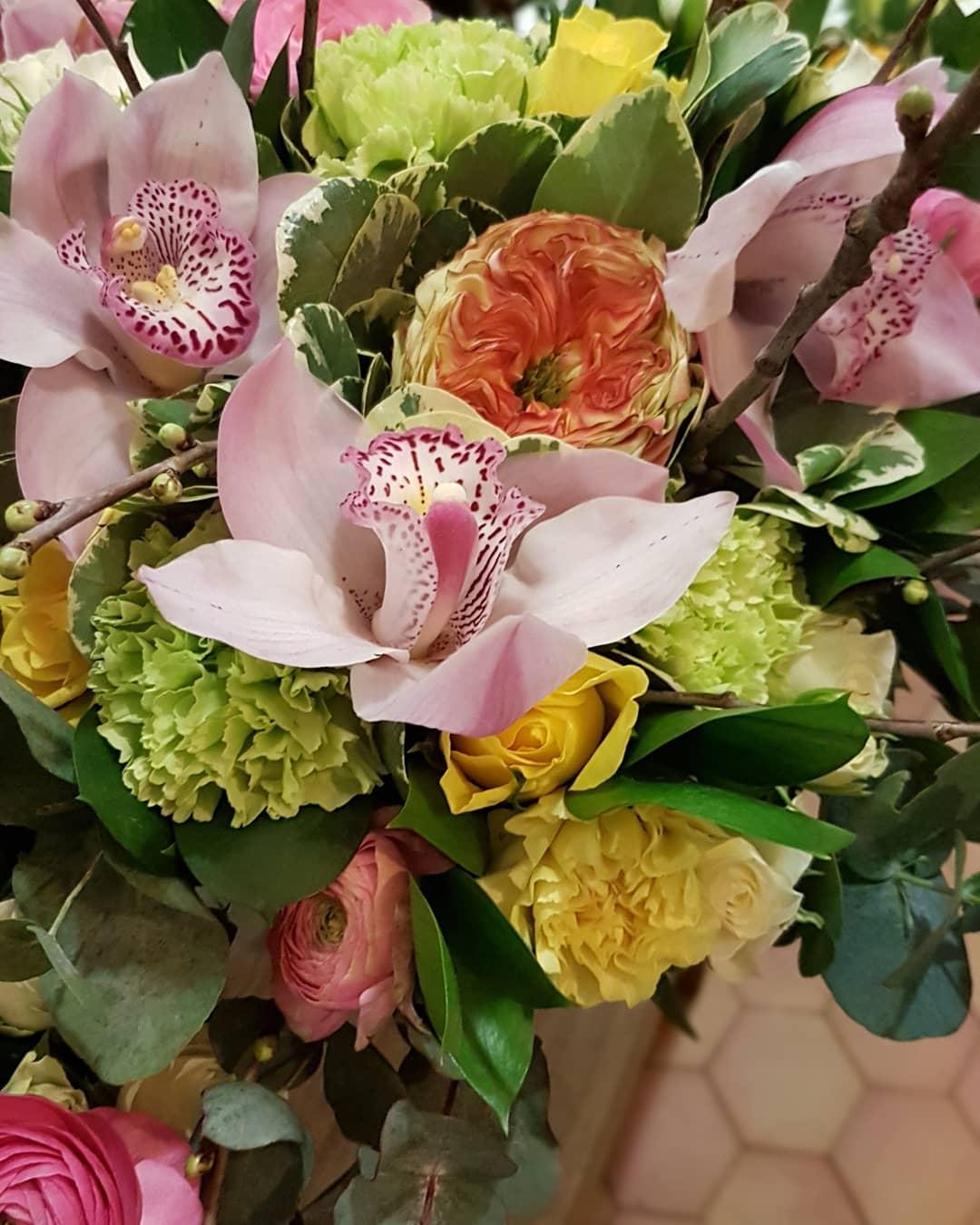 Fleuriste Valenciennes bouquet hé fleur et moi fleuriste