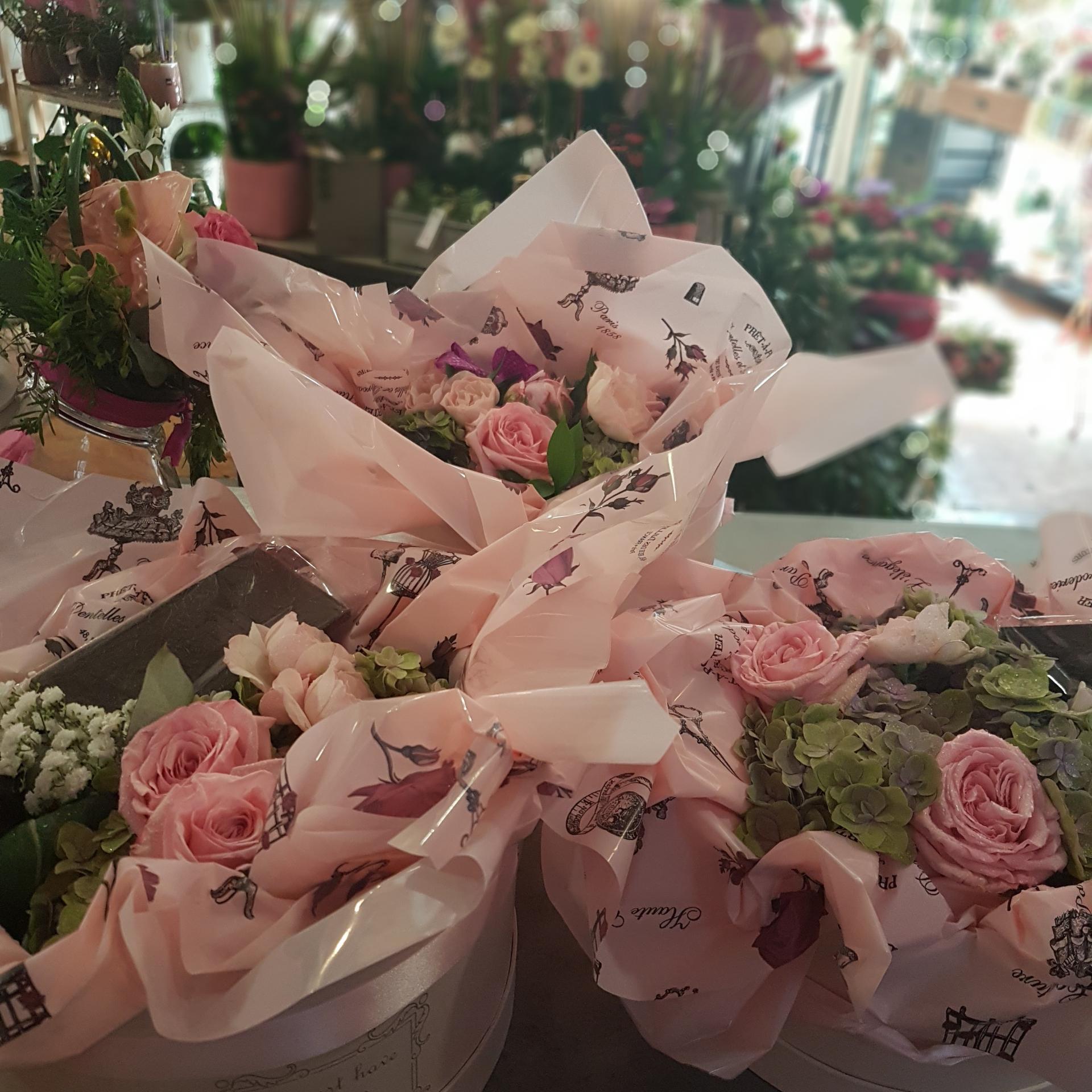 Idée cadeau boite a chapeau mariage naissance anniversairechez hé fleur et moi fleuriste Valenciennes boite a chapeau