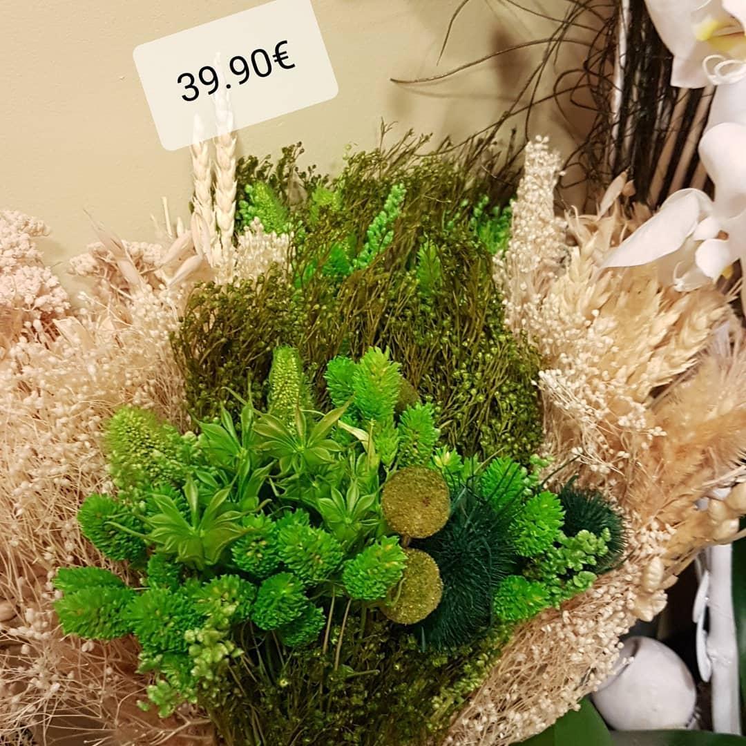 Bouquet de fleurs sèchées
